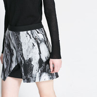 MARBLED PRINT SKIRT