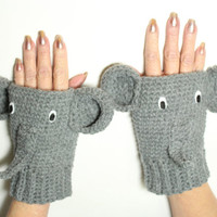 Elephant Fingerless Gloves, Animal Fingerless Mittens, Crochet Winter Wrist warmers, Gray Hand warmers, Animal mitts