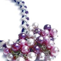 Necklace lilac and purple glass pearls. Handcrafted collar with lilac glass pearls, purple glass pearls and faux suede cords (model Lucca)