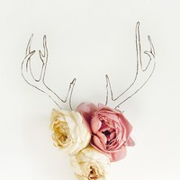 Antler illustration and Flower No. 4217