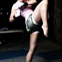 MMA - Queens of the Cage Battle it Out Plus More News | Women's Sports Blog Network: Women Talk Sports