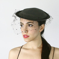 SALE - Vintage 1940s Fascinator Black Tilt Hat - Netted Birdcage Veil Fashion Accessory / Leslie James