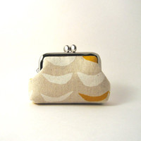 Coin Purse -Frame Mini Pouch Mini Jewelry Case with Ring Pillow- Modern Natural
