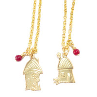Gryffindor Hagrid's Hut or Shrieking Shack Necklace