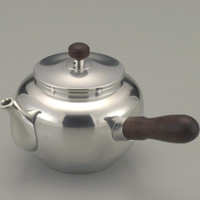 Tea Pot, Polished, horizontal handle