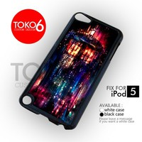AJ 2604 Tardis Box Color Light - ipod 5 Case