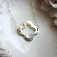 FREE US SHIPPING Silver Clover Necklace Quatrefoil - Sterling Silver Chain - Wedding Jewelry - Bridesmaid Jewelry - Christmas Gift