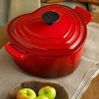 Le Creuset Enameled Cast Iron Heart Casserole, 2 Qt. - Cookware - Kitchen - Macy's