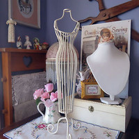 Pretty cream wire jewllery stand female form shabby chic