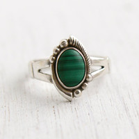 Vintage Sterling Silver Malachite Ring - Size 7 1/4 Studded Semi Precious Stone Native American Style Jewelry / Bezel Set Oval