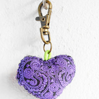 Purple Heart Keychain Zip Pull Bag Accessory Decoration by Handmade. (AC1001-PU)