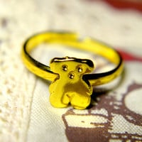 Hug Me Teddy Bear Ring