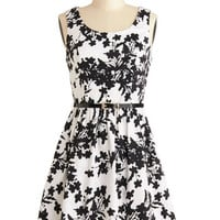 Petals and Panache Dress | Mod Retro Vintage Dresses | ModCloth.com