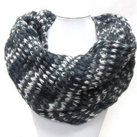Truly INSANE SALE: Thick warm and cozy pattern knit infinity scarf