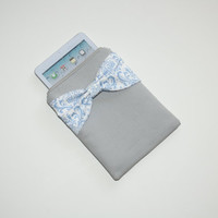 iPad Mini - Kindle - Nook - eReader Case - Gray with Blue Damask Bow - Padded