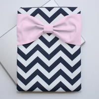 MacBook Pro / Air Case, Laptop Sleeve - Navy and White Chevron Light Pink Bow - Double Padded