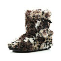 BROWN LEOPARD FAUX FUR SLIPPER BOOTS