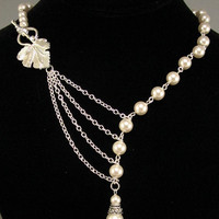 Alluring Pearls with Leaf in Silver