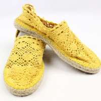 SODA Mustard Yellow Crochet Flats – Misses 8