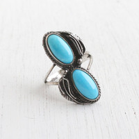 Vintage Sterling Silver Turquoise Blue Double Stone Ring - Retro Size 6 1/2 Southwestern Native American Style Jewelry / Leaf Shoulders