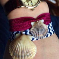 Scallop Shell Bracelet - Navy Chevron