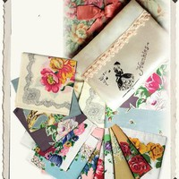 HANKIES IN NOSTALGIC POUCH