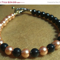 ON SALE Black and Gold Pearl Bracelet with Black and Gold Clasp