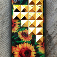 Sunflower Gold Studded Pyramid iPhone 4/4s Wildflower Case