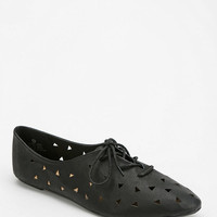 Cooperative Cutout Oxford - Urban Outfitters