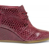 TOMS+ Oxblood Serpentine Women's Desert Wedges