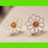 Silver Cute Daisy Earrings