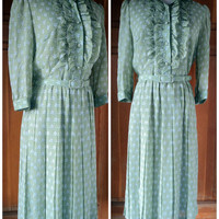Vintage Dress Secretary Ruffles Pleated Skirt 1970s Shirtwaist Dress 38 Bust