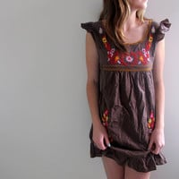 Vintage Brown Peasant Style Dress Mini Short Floral Print Flowers Flowy Embroidered Babydoll Mexican
