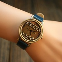 Vintage Style Watch with Waves in 4 Colors