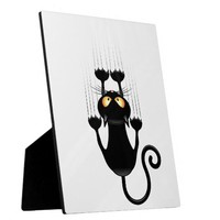 Funny Black Cat Cartoon Scratching Wall