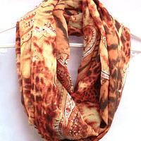 Infinity Scarf. Circle scarf. Loop Scarf. Women Accessories. Cheetah Scarf