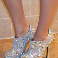 Sparkle In The Sky Booties: Silver