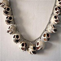 La Dama ? Ex Boyfriends Necklace