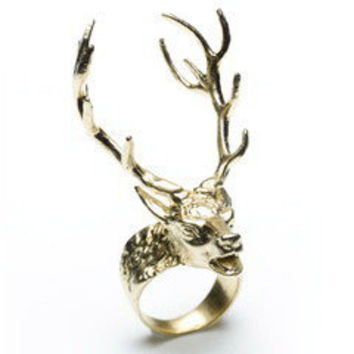La Dama ? Digby & Iona 14 Point Stag Ring