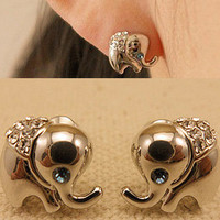 NT0216 Elephants diamond earrings