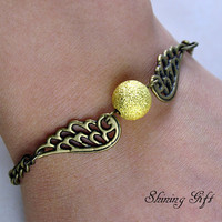 Harry potter Golden Snitch Bracelet with wings by Shininggift
