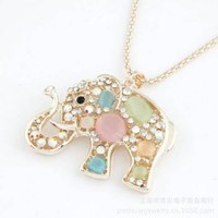 Gold Edge Rhinestones Elephant Pendants Necklaces Lucky Long Chain Jewelry for Christmas,100489