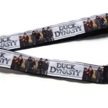 Duck Dynasty white family portrait and writing Lanyard