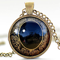 Creature Eye Necklace, Third Eye Jewelry, Evil Eye Charm, Eyeball Pendant (1358)