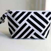 Black and White Pouch, Geometric cosmetic bag / make up pouch