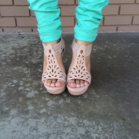 Tan Pompey Eyelet Wedges