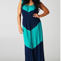 PLUS SIZE CHEVRON MAXI DRESS