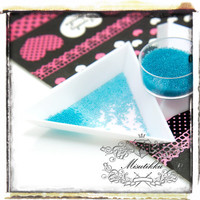 1 PC X Triangle Tray / Plate / Bowl for holding rhinestones crystals micro Beads and more - Scrap booking / Miniature Craft Supplies (SS.PL)
