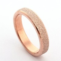 4mm 6mm Rose Gold Plated 316 Stainless Steel Sparkle Finish Beveled Women's Men's Wedding Bands Engagement Purity Rings (Size 4-10)